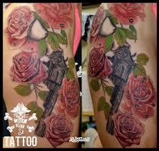 значение татуировки револьвер фото и эскизы тату револьвер