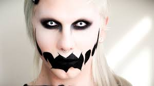 20 of the creepiest makeup ideas
