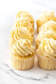 vanilla cupcakes with custard