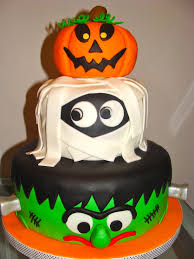 Halloween Bundt Cake Decorations A Halloween Themed Birthday Cake I Love This I Think This Is The
