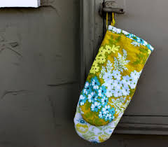 Oven Mitt Pattern Stunning How To Make An Oven Mitt With Free Pattern Pretty Prudent