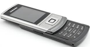 samsung slide phones. price:the new samsung metro s3500 is available at price of around rs.5,300 in india. slide phones e