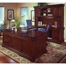 classic office design. 5 Types Of Office Design (and What They Say About Your Business) Classic