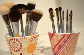 makeup brush holder beads. diy makeup brush holder beads