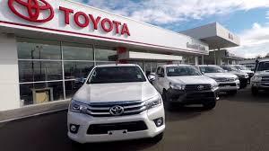 2017 Toyota Hilux SR5 Dual cab!! **** - YouTube