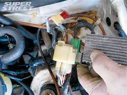 honda civic b16a motor swap heart surgery super street magazine 130 0809 03 z b16 honda swap wiring the main engine harness wiring the main engine harness