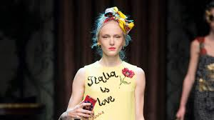 <b>Dolce</b> & <b>Gabbana</b> Spring 2016 Ready-to-Wear Collection | Vogue