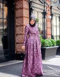Kini baju batik tidak hanya diproduksi satu potong saja, melainkan juga diproduksi secara berpasangan atau biasa disebut baju batik couple. 65 Gambar Desain Baju Sasirangan Terbaru Terbaik Gambar Pixabay