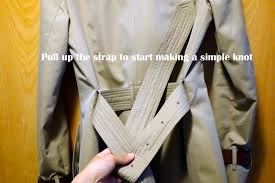how to tie a burberry belt knot 4