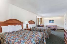 room days inn petersburg