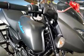 71,616 to 81,242 in india. Low Cost Bajaj Pulsar 125 Neon Revealed In Latest Images Here S How Much It Will Cost The Financial Express