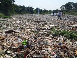 file marilao river water pollution jpg universal stewardship file marilao river water pollution jpg