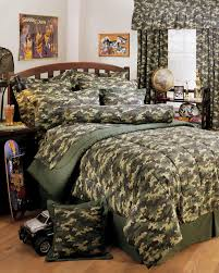 Military Bedroom Decor Excellent Military Camouflage 18 Amusing Camouflage Bedding For