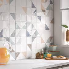 Embellir Les Murs De La Cuisine Avec Du Carrelage Mural Blanc