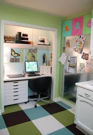 create a functional home office from a closet