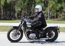 new triumph bonneville bobber ride review