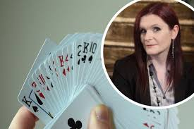 Magic Circle member Katherine Rhodes to perform in online magic show -  Gloucestershire Live