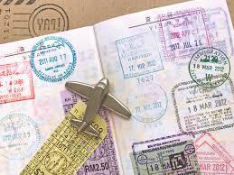 パスポート 更新に必要なものは 期限切れの前の手続き方法 完全カイド