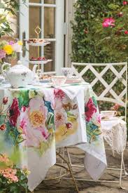41 best Tablescapes images on Pinterest | Victoria magazine ...