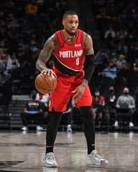 He made an opponent literally thank god in the middle of a game. Damian Lillard Dame Lillard Twitter