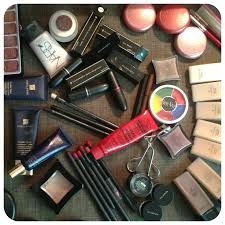 artist laura louise makeup beauty makeup artists building your professional kit