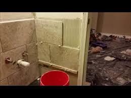 how to tile inside corner in bathroom