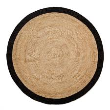 tips on using round rugs