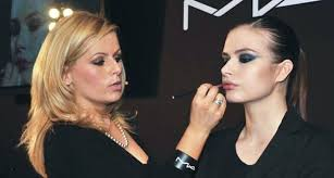 mac makeup artist i would like to work in as personal presentation artists modelac cosmetics
