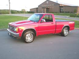 Chevrolet S 10 1983 photo and video review, price ...