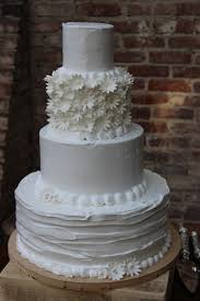 Rustic Whipped Cream Wedding Cake Tiramisu Flavor Wedding