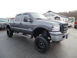 WWW.EMAUTOS.COM ONE OWNER JUST LIFTED 2005 Ford F-250 Super Duty ...