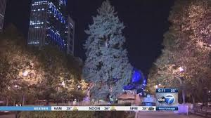 christmas tree lighting chicago. Chicago Christmas Tree Lighting Tuesday In Millennium Park | Abc7chicago.com