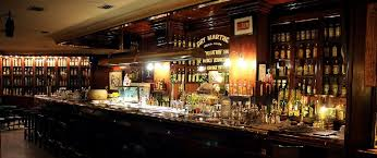 Vintage italian barcelona style dining Cirpa Best Bars Barcelona Dry Martini Emfurn Best Bars In Barcelona Best Bars Europe