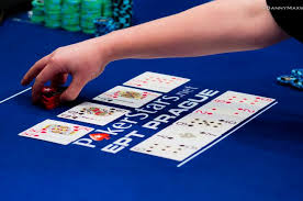 What Wins In Poker Chart Poker Hand Rankings What Beats What In Poker Pokernews