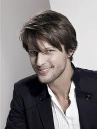 Messy Hairstyle For Guys How To Style Medium Length Hair For Men Perfectly