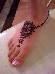 фото рисунки хной на ноге