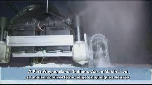Un robot déneigeur pour ne plus sortir dans le froid - Vidéo Dailymotion