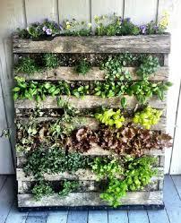 pallet balcony herb garden 2 mini