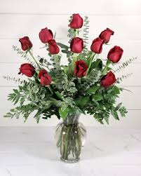 rathbone 039 s flair flowers one dozen red roses delivered in the tulsa metro