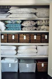 how to organize and stuff in a linen closet