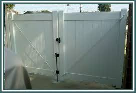 Vinyl fence gate Driveway Pictures Of White Vinyl Fence Gate Fencematerial Fence Gates White Vinyl Fence Gate