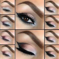 makeup eyes step 3 now we put the face how