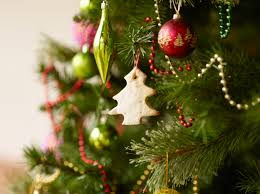 Are You Getting A Real Christmas Tree Or Artificial Tree This YearWhen Should You Buy A Christmas Tree