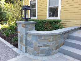 monroe natural bluestone stone entry wall and column by sublime garden design 800 600
