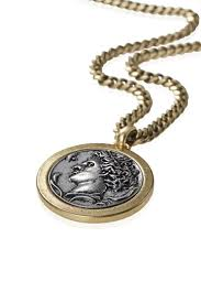 How cool is this coin pendant necklace from Jenny Bird?