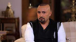 أحمد السقا يقتحم منزل أحد متابعيه في الساعة الرابعة فجراً - فيديو  Dailymotion