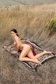 Amateur nude models professional photographers