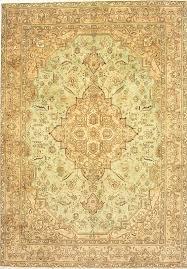 hooked lobe tabriz carpet