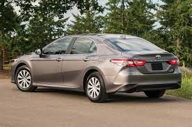 2018 toyota 2 5 liter engine. beautiful engine 2018 toyota camry le hybrid rear quarter left photo intended toyota 2 5 liter engine