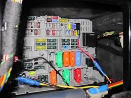 a wiring into fuse box complete wiring diagrams \u2022 how to read fuse box in 2002 ford ranger magnificent how to wire into a fuse box mold electrical circuit rh suaiphone org wiring into